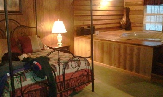 Forrest Hills Mountain Resort and Conference Center :                   Sleeping area