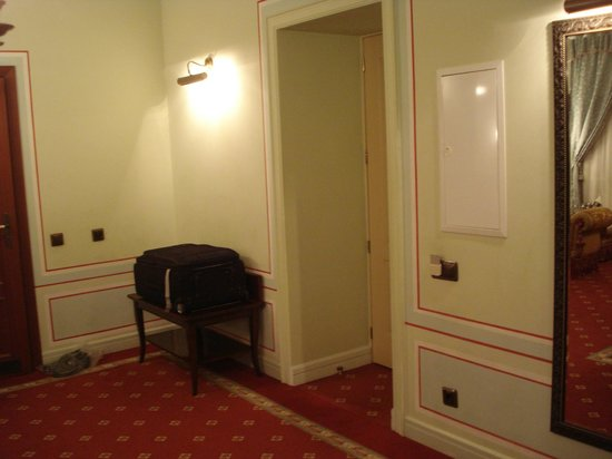 Opera Hotel:                   Entrance to suite
