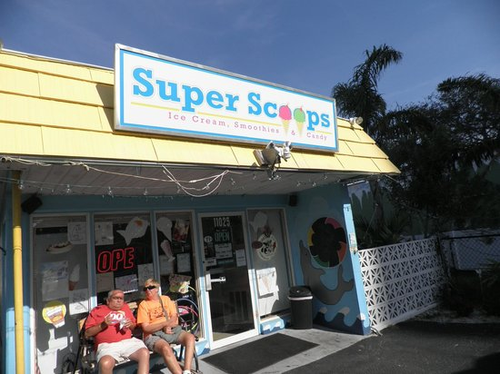 Super Scoops Inc.: The Front of the shop