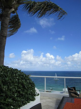The Ritz-Carlton, Fort Lauderdale: View from the bar on the roof