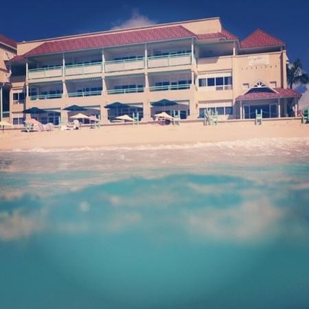 Coral Mist Beach Hotel:                   excelente opção de hospedagem em Barbados