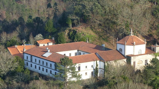 Mosteiro de Sao Cristovao de Lafoes: Mosteiro