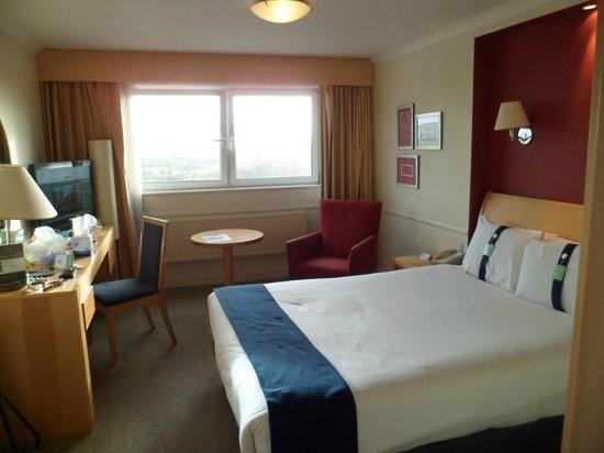 Holiday Inn Edinburgh: room 433