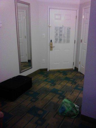 La Quinta Inn & Suites Atlanta Conyers :                   Entrance