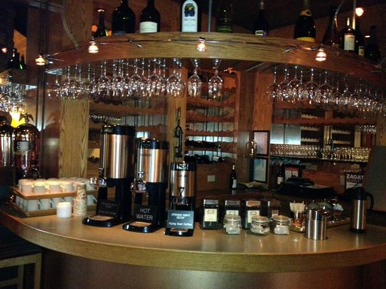 Applewood Inn And Spa:                   Breakfast coffee to rise and shine