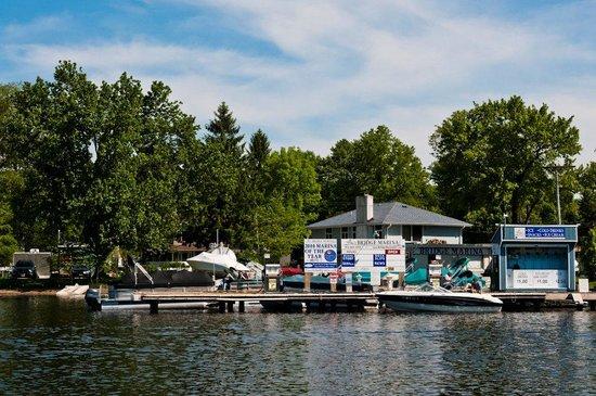 Lake Hopatcong, نيو جيرسي: Bridge Marina is Lake Hopatcong's award-winning, boutique marina.
