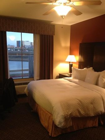Homewood Suites by Hilton Waco, Texas:                   lake view room