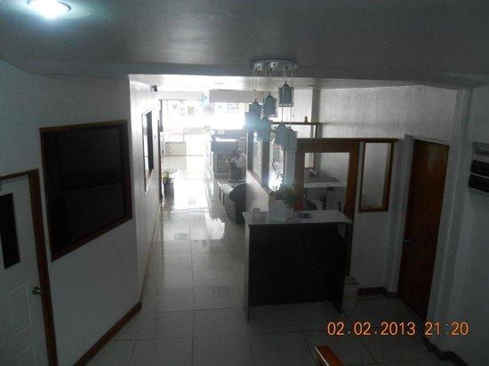 Nadi Downtown Hotel: stairwell