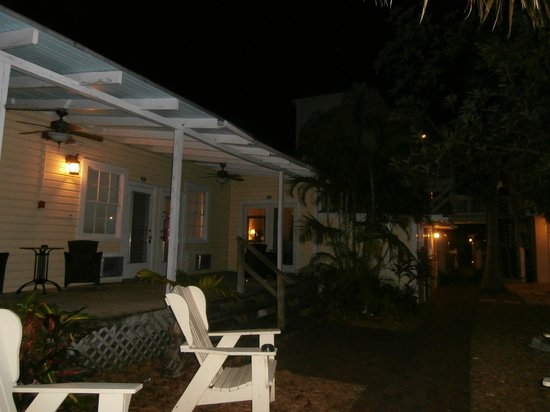 Merlin Guest House Key West: notturno
