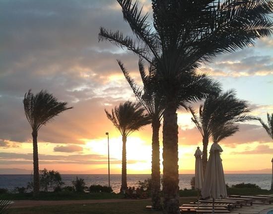 Dahab Paradise:                   De prachtige zonsopgang.