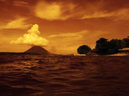 Cakalang Bunaken:                                     Bunaken, Manado Tua, Siladen