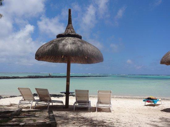 Ambre Resort - All Inclusive:                   petite plage sur la droite de la grande plage