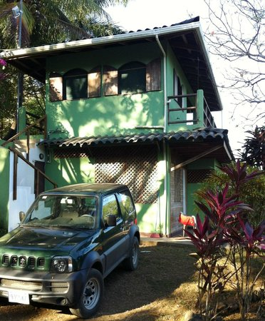 Rhodeside Bed and Breakfast:                                     one of the cabin with guest kitchen above