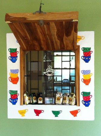 Rhodeside Bed and Breakfast:                                     coffee window