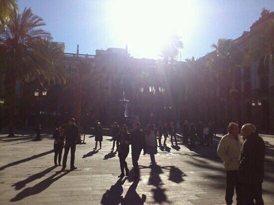 Roma Reial Hotel:                   placa reial