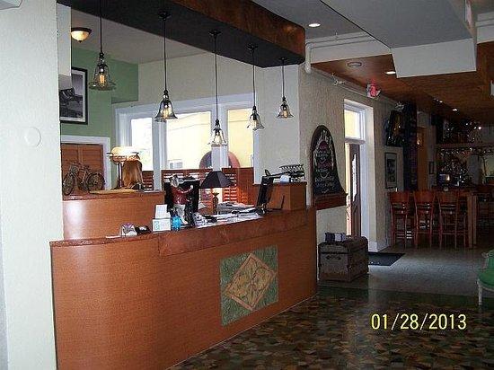 Hollander Hotel:                   Front Desk