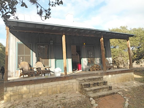 Hill Country Equestrian Lodge:                                     Private Cabin