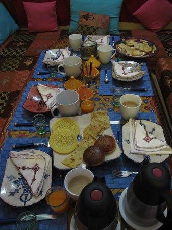 Riad Amazigh Meknes: Colazione