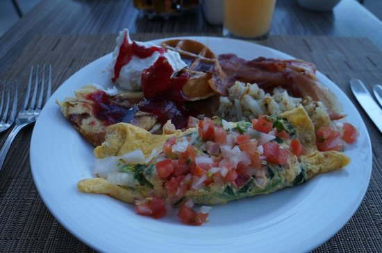 Now Amber Puerto Vallarta:                                     Breakfast Buffet, awesome every morning. Loved the omelettes
