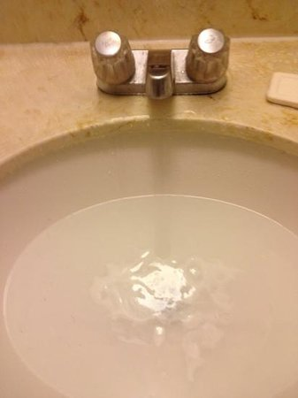 desert lodge palm springs, ca room #64.  this is the sink th