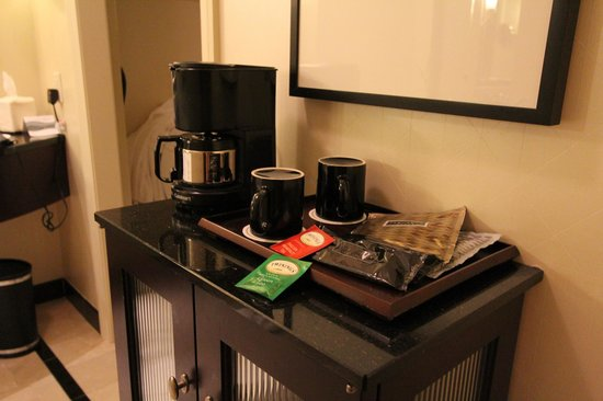 InterContinental Buckhead Atlanta: coffee area
