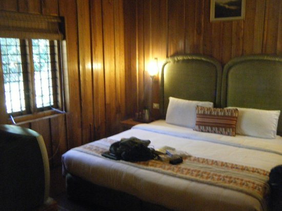 Thekkady - Woods n Spice, A Sterling Holidays Resort:                   inside thatched cottage