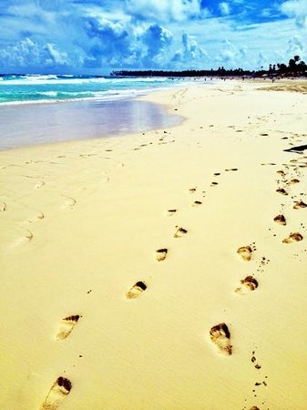Hotel Riu Naiboa:                                     spiaggia chilometrica
