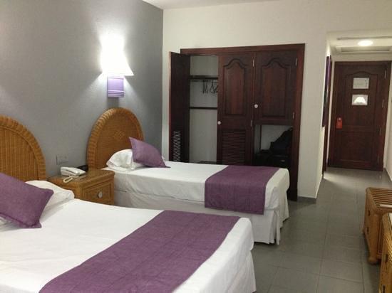 Hotel Riu Naiboa:                                     camera