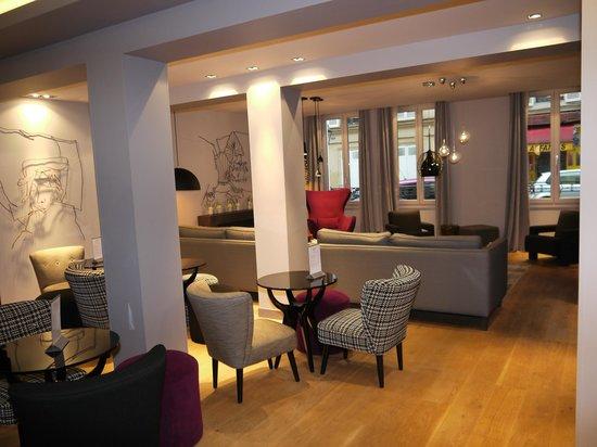 Le Grey Hotel:                                     Bar/lounge