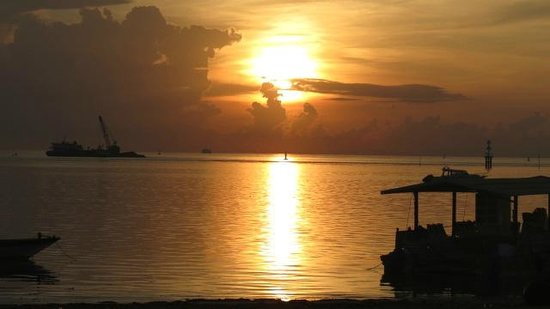 The Tanjung Benoa Beach Resort Bali :                                                       Sunrise at the beach in front of Ramada Ho