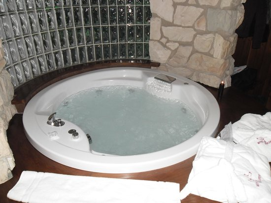 Motel K:                                     vasca idromassaggio