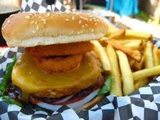 San Dune Pub:                                     BBQ Bacon Cheeseburger