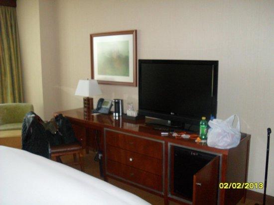 Wind Creek Casino & Hotel, Atmore:                                                       Tv, coffee maker, 2nd phone!!