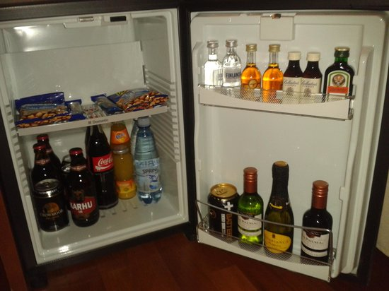Arthur Hotel:                                     mini bar