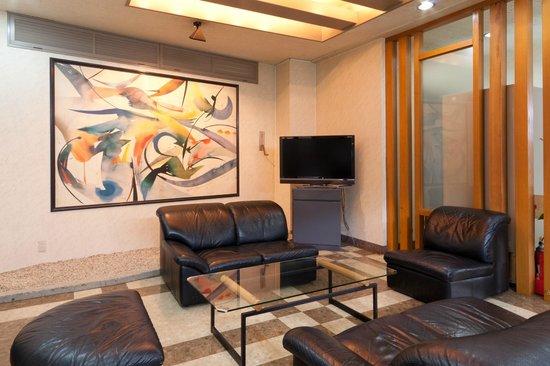 Taga Station Hotel : ロビースペース