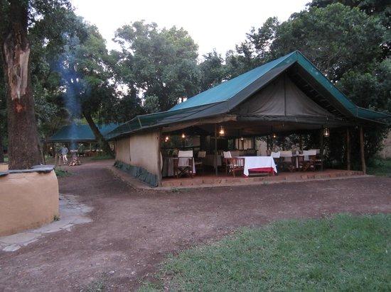 Little Governors' Camp:                   Abendessenszelt