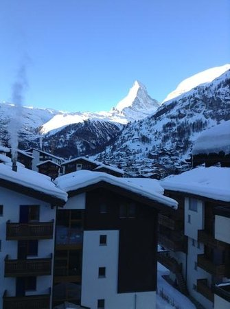 Hotel Primavera:                   view of Matterhorn from the Apartment