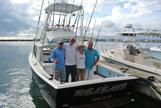 Mar 1 Sport fishing Quepos Day Trips:                   The boat and crew