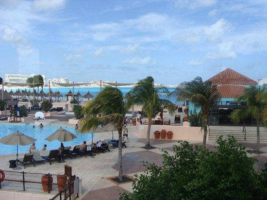 Club Med Cancun Yucatan:                   3