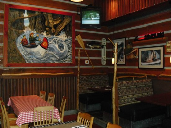 Moose Winooskis: Dine in a Northern Lodge Setting