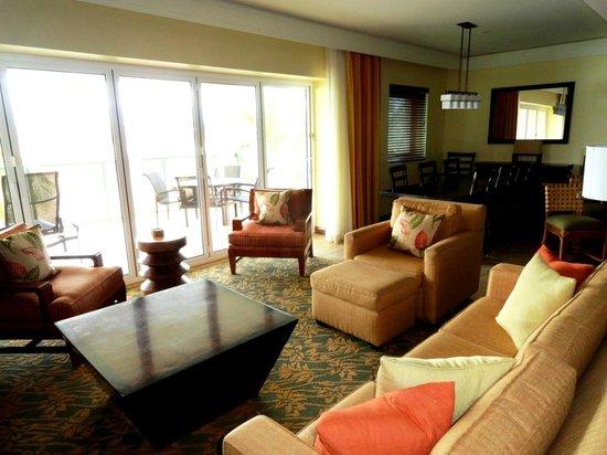 Living Room In Marriott Kauai Lagoons Resort