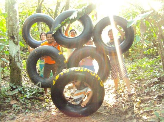 Suchipakari Amazon Rainforest Ecolodge:                   Listos para tubing