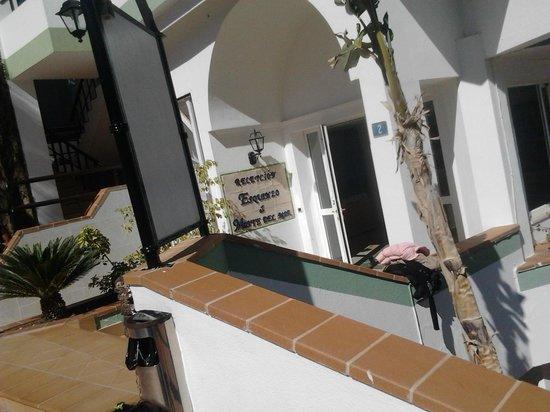 Aparthotel Esquinzo Y Monte Del Mar Hotel: el monte del mar
