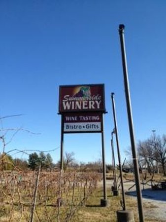 Summerside Vineyards, Winery & Meadery