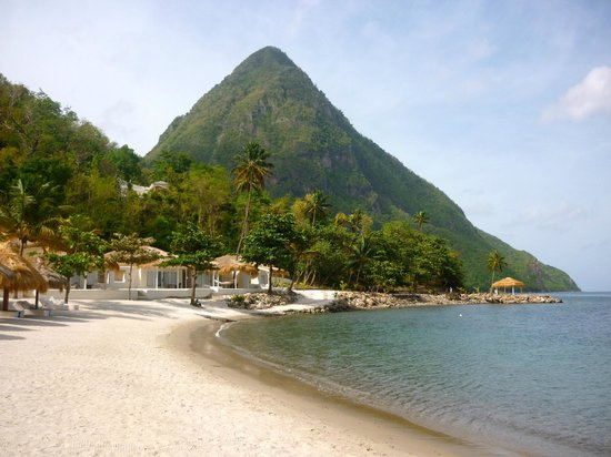 Sugar Beach, A Viceroy Resort:                   The beach