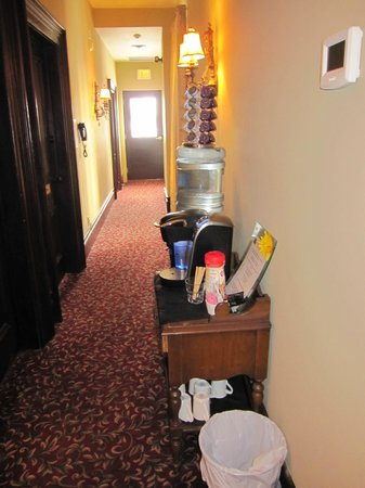 Puddicombe House:                   Amenities in the hallway