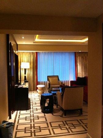 Sheraton Grand Macao Hotel, Cotai Central:                   Entrance view