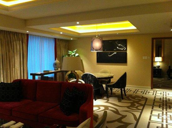 Sheraton Grand Macao Hotel, Cotai Central:                   Dining area