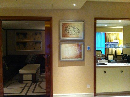Sheraton Grand Macao Hotel, Cotai Central:                   room