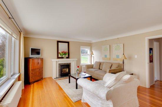 Fairholme Manor: Penthouse Suite